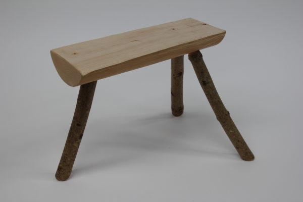Simple three-legged stool